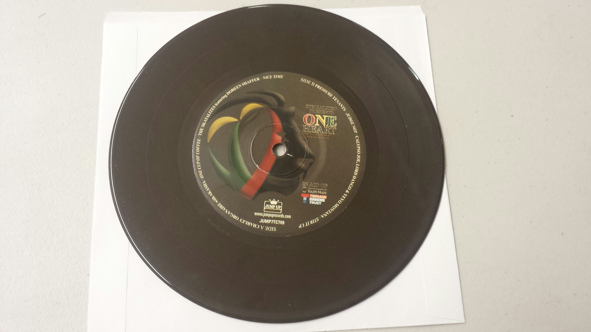 Marley Tribute/ONE HEART(TRADITIONAL) 7""