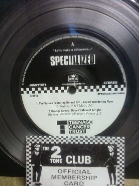 Specials/TRIBUTE EP (R GIFT-MADNESS) 7""