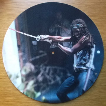 Michonne/WALKING DEAD SLIPMAT