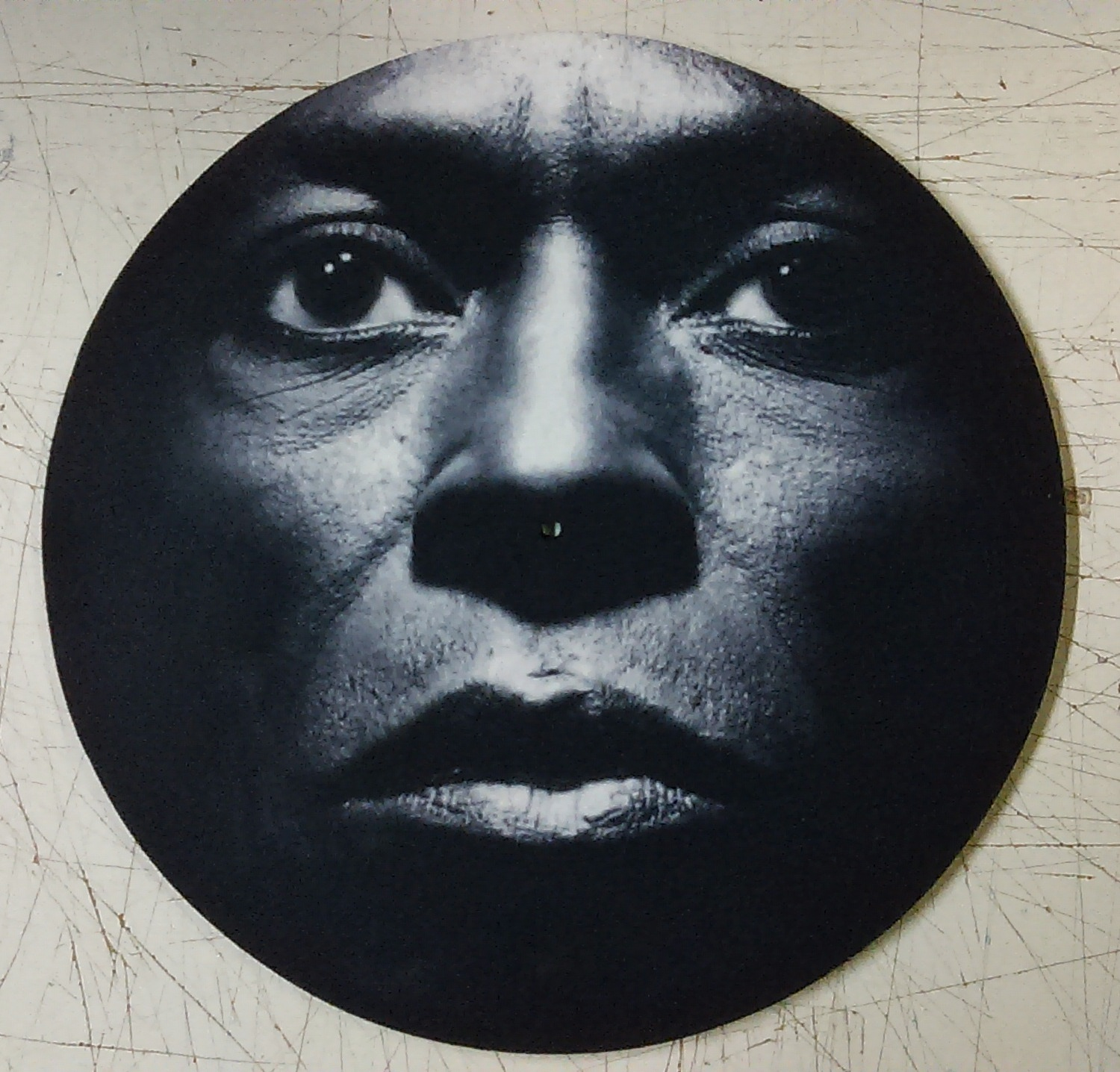 Miles Davis/FACE CLOSEUP SLIPMAT