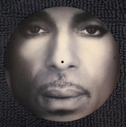Prince/CLOSEUP PORTRAIT SLIPMAT